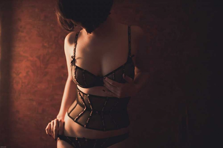 Boudoir Photography - Kari Bellamy Photography | Creative London