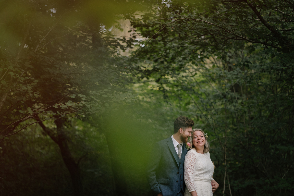 A Stylish and Handmade Treehouse Wedding in the New Forest Lucy ...